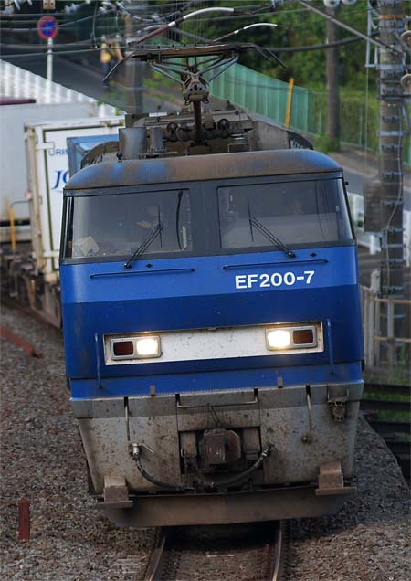 EF200_20110507.jpg