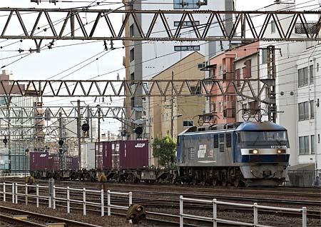 EF210_20111004_2.jpg
