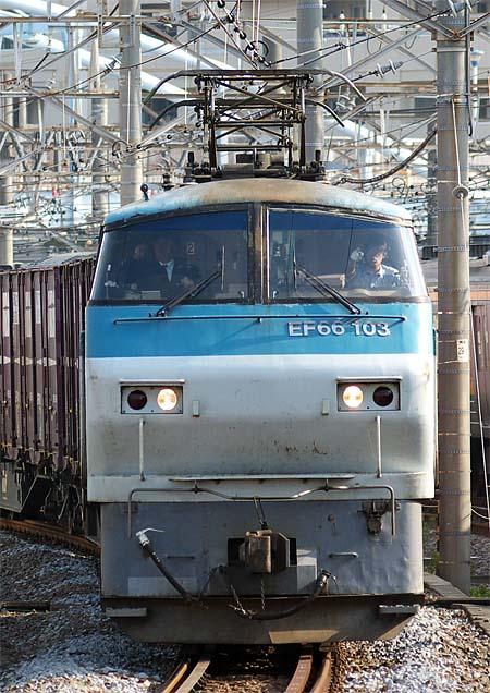 EF66_103_20110531_2.jpg